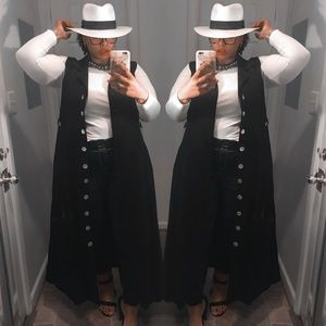 Dresses & Skirts - Black Maxi Dress BNWT modeling as a Duster!